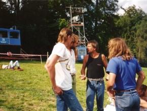 1993, Besprechung Kloster Banz, v.l.: Hanzie Scharrer, Alexander Wolfrum, Reinhard Mey, Robert Wachsmann