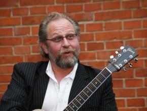 """2009, """"Gibson"""" und Alexander Wolfrum"""